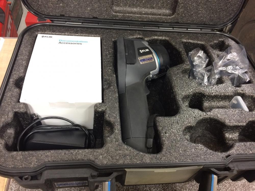 FLIR サーモグラフィーカメラ E40bx