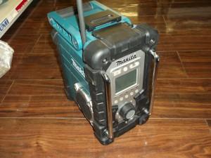 マキタ ラジオ MR103