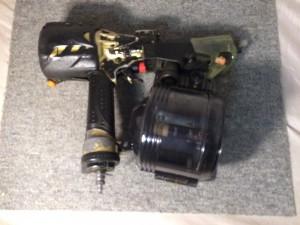 日立 高圧ロール釘打機 NV90HMC