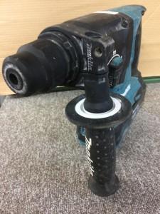 makita 24mm充電式ハンマドリル HR244D