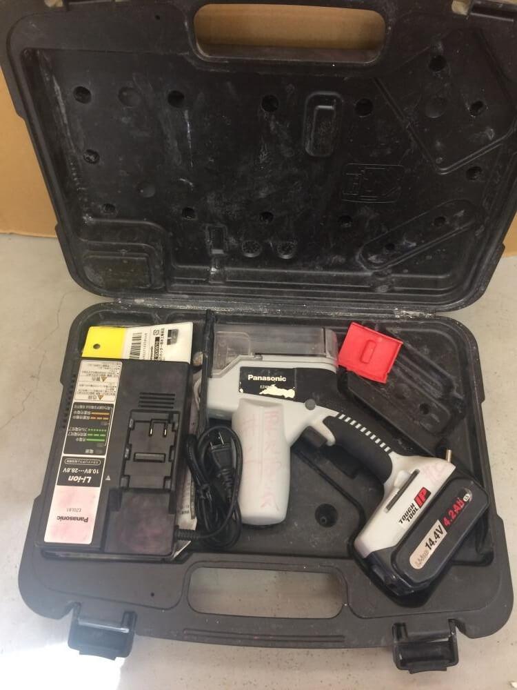 Panasonic 角穴カッター EZ4543