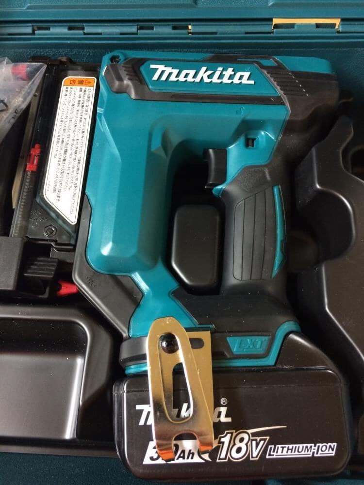 makita 充電式ピンタッカ PT353D