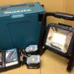 マキタ LEDライト ML805 バッテリー 充電器セット