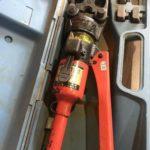 油圧式圧着工具